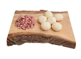 Mäsové gule plnené údeným mäsom 500g